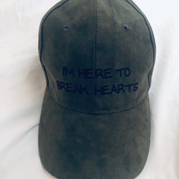 Charlotte Russe Other - Green suede hat with black lettering